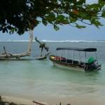 Isla Zapatilla 2: our boat