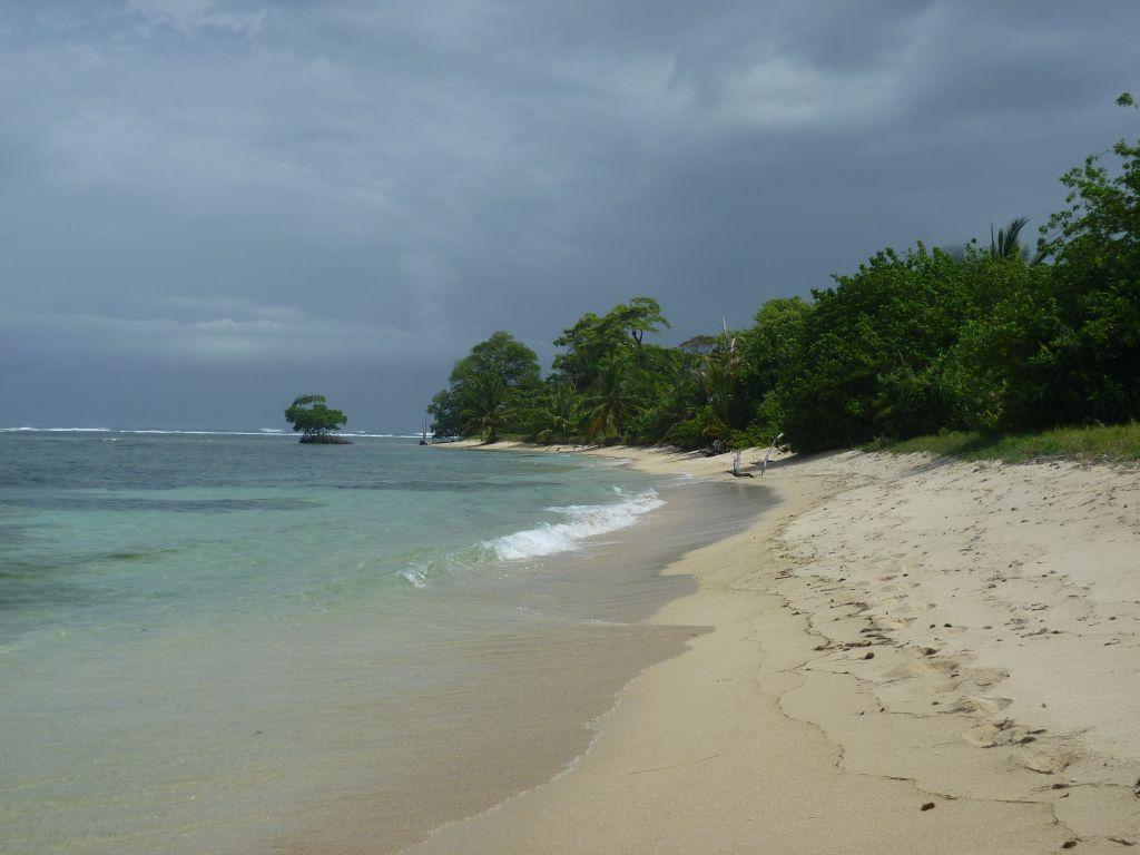 Isla Zapatilla 4