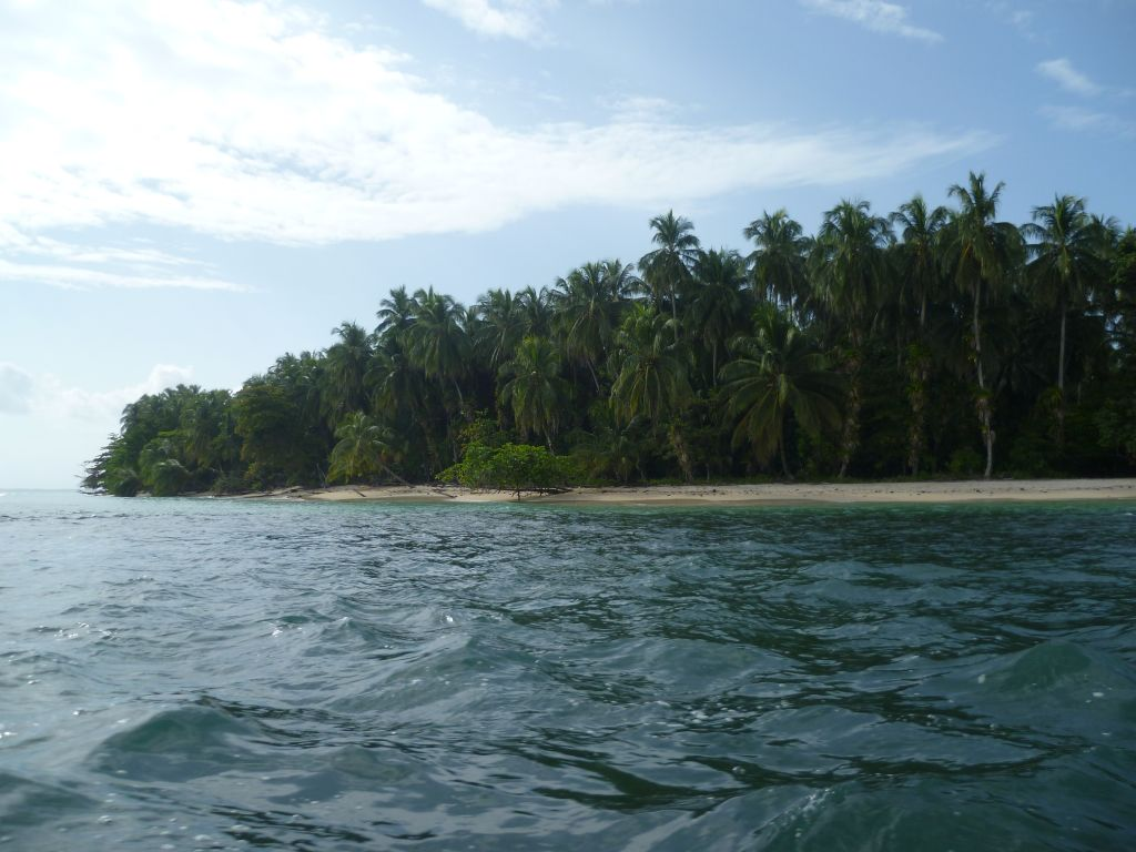 Isla Zapatilla 1