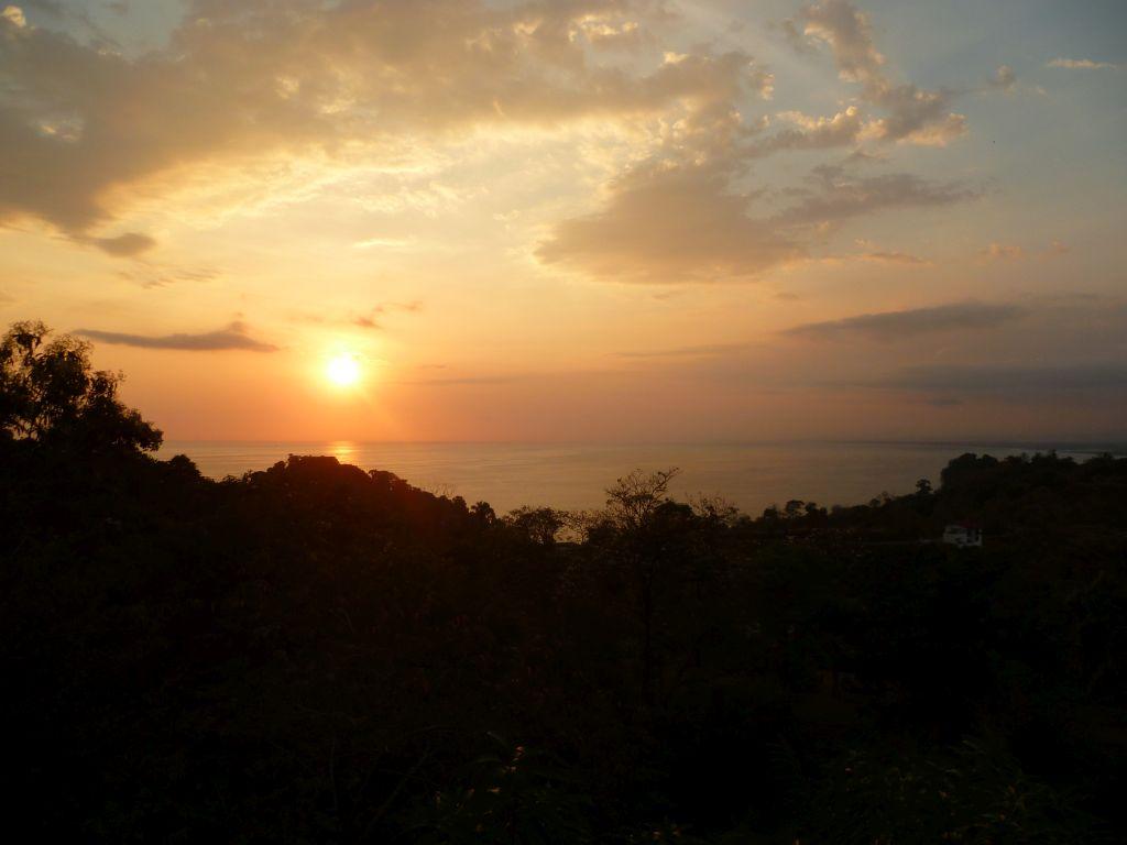 Manuel Antonio 1: sunset