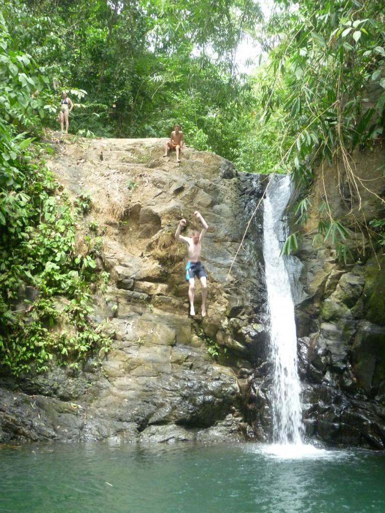 Waterfall 2: Lars jumping