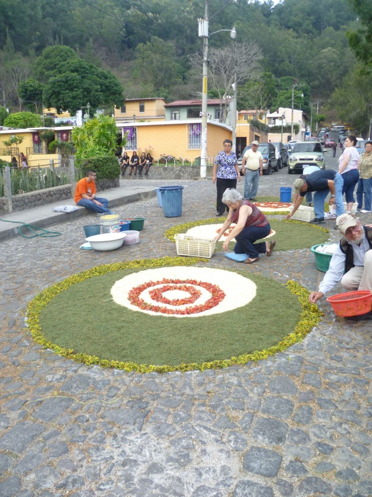 Antigua - three carpets in shape of circles
