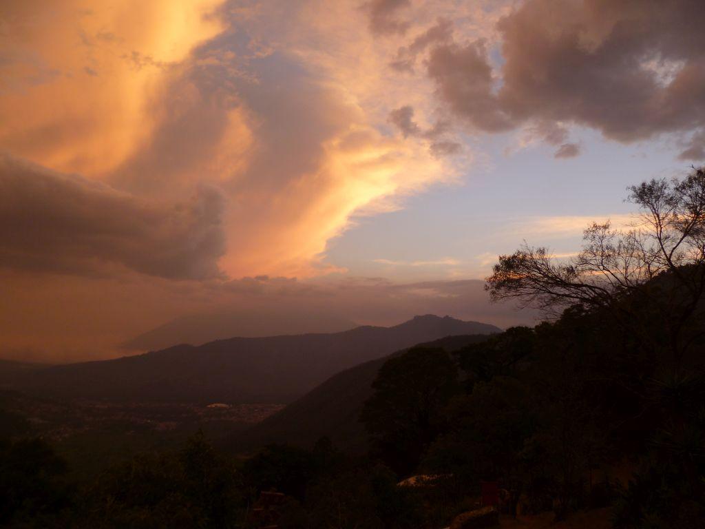 Earth Lodge 13: sunset