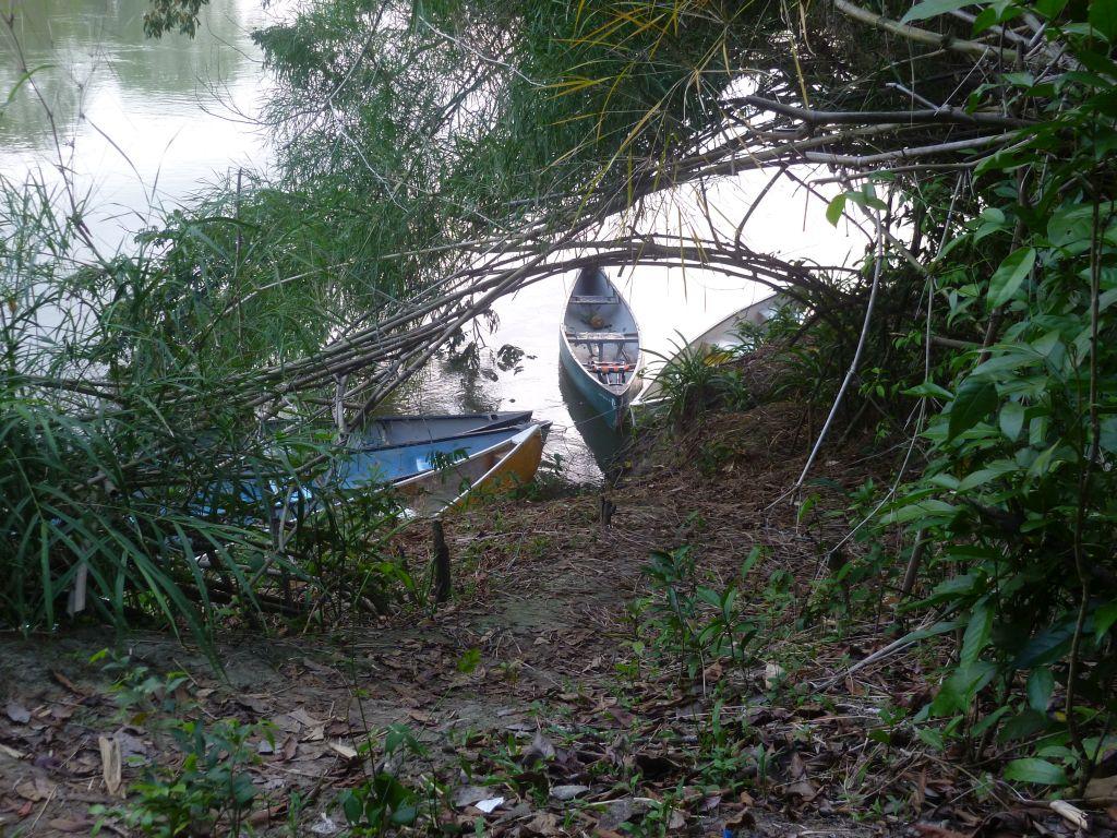 Canoe-Tour 1: canoe dock