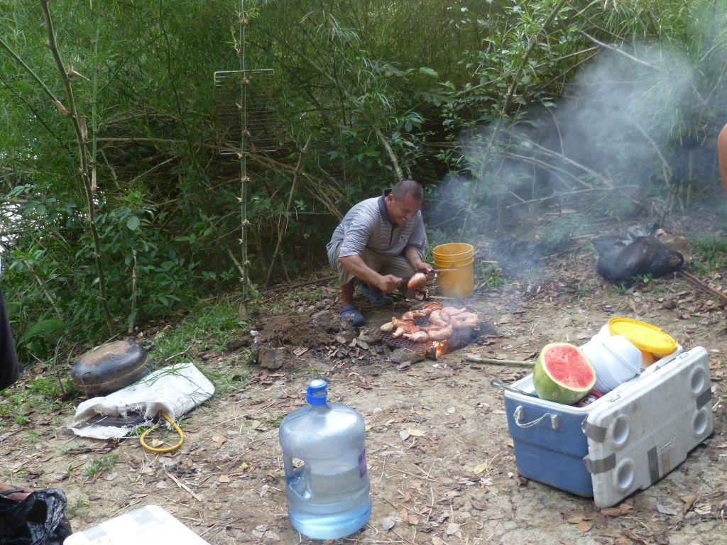 Canoe-Tour 3: food preparation
