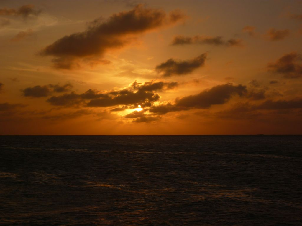 Caye Caulker 1: sunset after my arrival