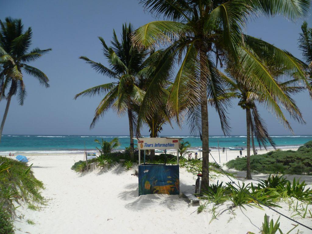 Tulum 7: on the beach