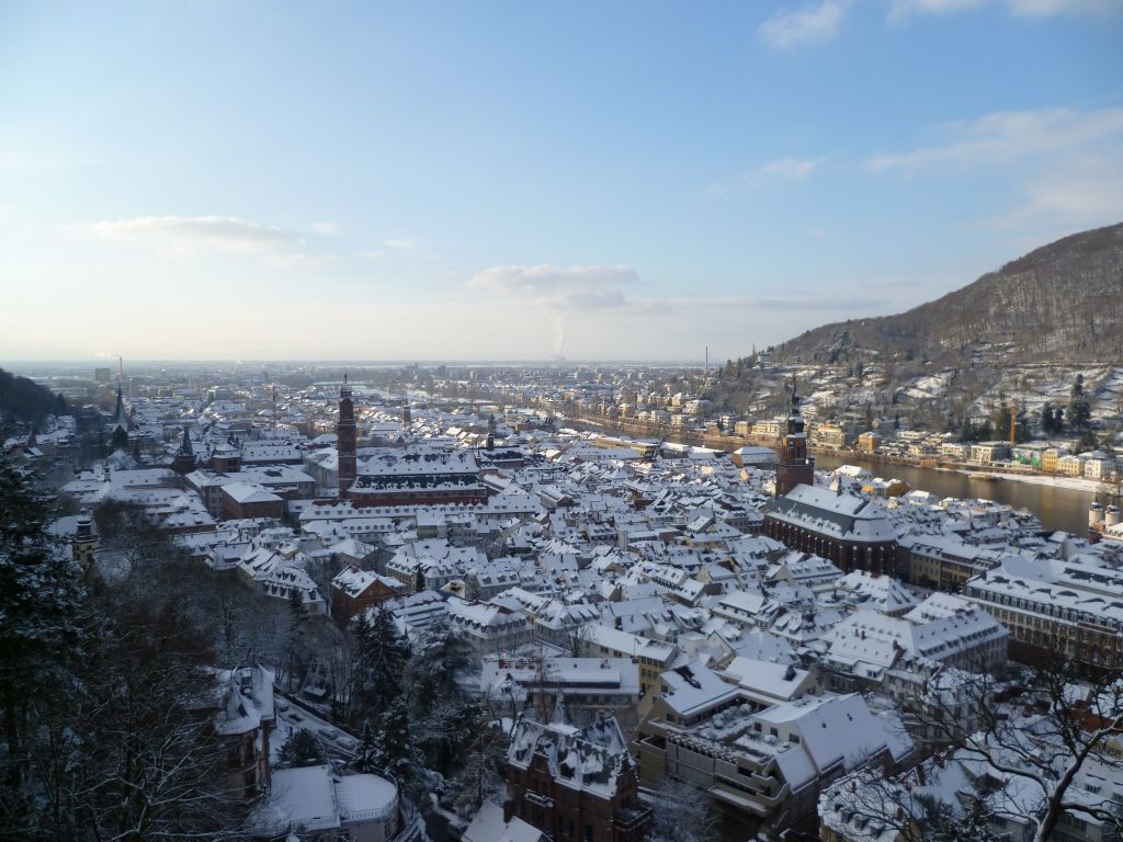 Heidelberg 3: view from the castle onto the historic center, Winter 2010