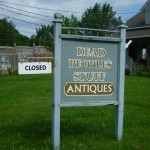 Bloomfield 2: funny sign for an Antiques shop