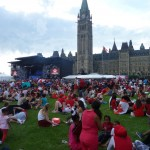 Canada Day 6: the growing crowd in front of the main stage