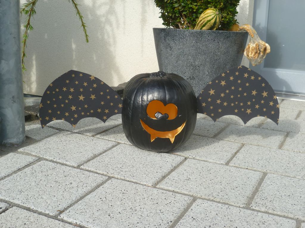 Halloween pumpkin looking like a bat