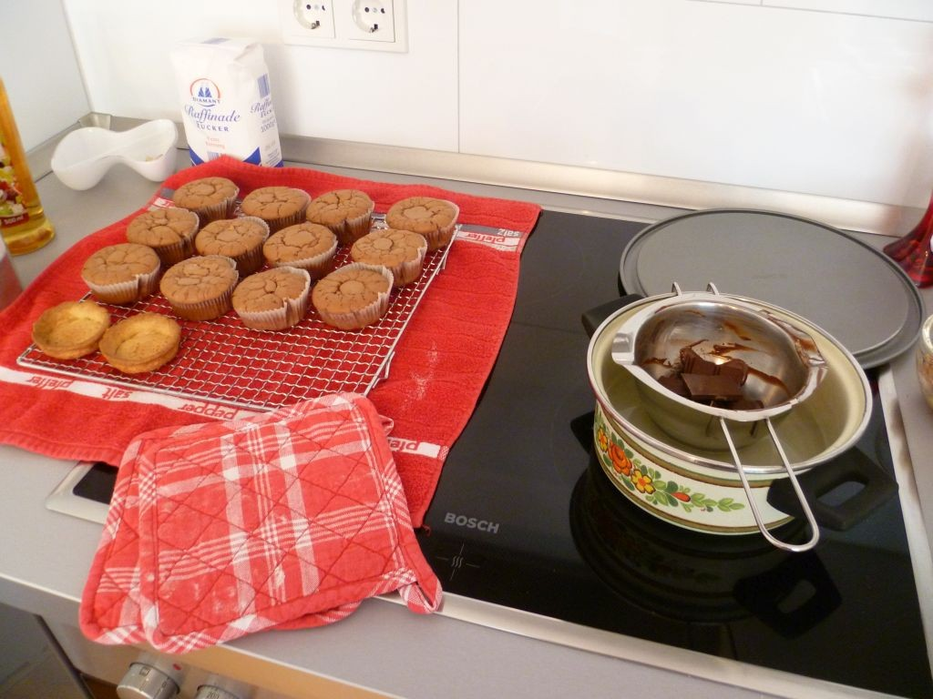 Start of a new job 3: baking session in my new kitchen