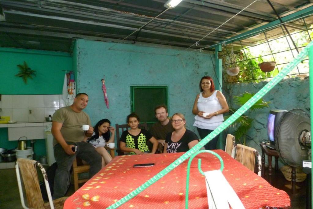 Von links nach rechts: Leo, Naila, Natalie, Klaus, Ines und Nieves
